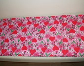 Toilet Tank Runner - Hearts and Daisies - Tablerunner -  8 x 20 - reversible -  Toilet Topper
