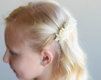 The Wood Anemone: Flower Girl Hair clip in lemon yellow
