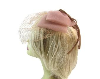 Derby Fascinator Hat With Veil Mauve Pink Fascinator Derby Hats For Women Fascinators Womens Hats Veil Hats Wedding Hat Tea Party Hat