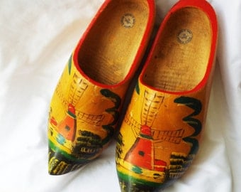 Vintage Dutch Wooden Shoes LARGE Clogs Hand Carved Painted Holland
