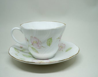 Vintage Tea Cup and Saucer Queens Bone China