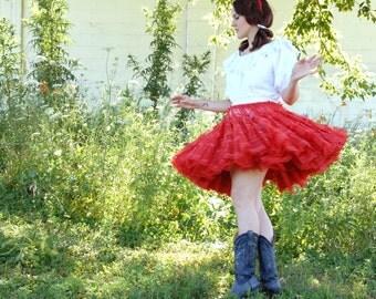 Vintage red 1950s crinoline petticoat, full short tulle skirt M L SALE