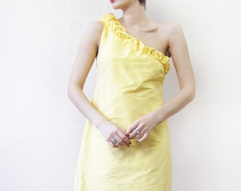 Vintage yellow silk one shoulder ruffle fitted midi dress S-M
