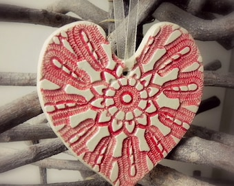 Personalized Rustic Lace Red White Ceramic Heart Ornament, Decorated with Vintage Lace, Summer Fashion