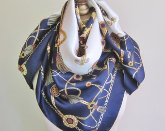 Classic Italian silk scarf, Tie rack scarf, Le Collezioni, traditional sqaure scarf, square silk scarf, 80s fashion, Ink blue, tassels