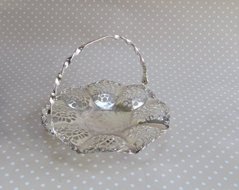 Vintage Retro Silver Colour Candy Sweet Jewellery Dish with Handle