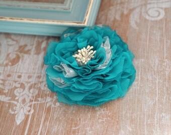 Blue hair clip, Blue Wedding Flower, Turquoise Hair Clip, Turquoise Fascinator, Turquoise Blue Hair Flower, Turquoise Fascinator