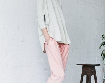 Shanti Pants in salmon organic cotton jersey