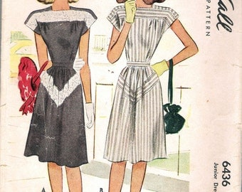 Vintage 1946 McCall 6436 Junior Dress Sewing Pattern Size 13 Bust 31""