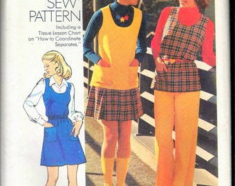 """Vintage 1973 Sim[plicity 5864 Short Jumper or Tunic, Short Skirt & Pants """"How To Sew"""" Series Sewing Pattern Size 14 Bust 36"""" UNCUT"""