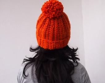 CROCHET PATTERN knit look hat , woman hat with pom pom, women bulky slouchy hat , man hat, DIY photo tutorial, Instant download