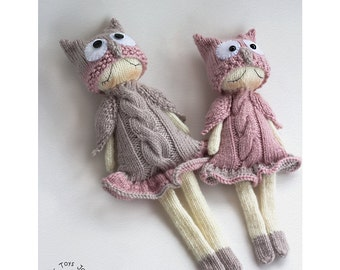 Owly Naptime dolls. - pdf knitting pattern. Knitted in the round. Dolls for small babies