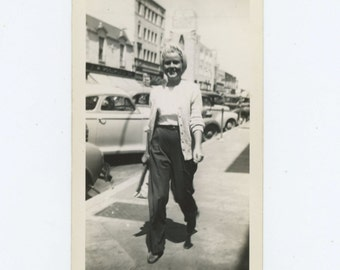 Joan, Santa Ana, CA, 1940s Vintage Snapshot Photo (65461)