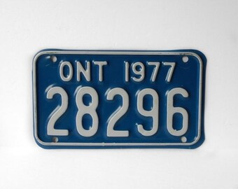 Motorcycle License Plate 1977 Ontario Canada