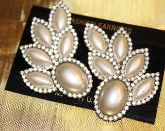 Spectacular Vintage Designer Runway Couture Faux PEARL Rhinestone LEAF Earrings EM