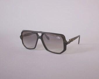 Vintage CAZAL SUNGLASSES / Iconic Legends Style 627 / 301 matte Black Gradient Gray Sunglasses 59mm