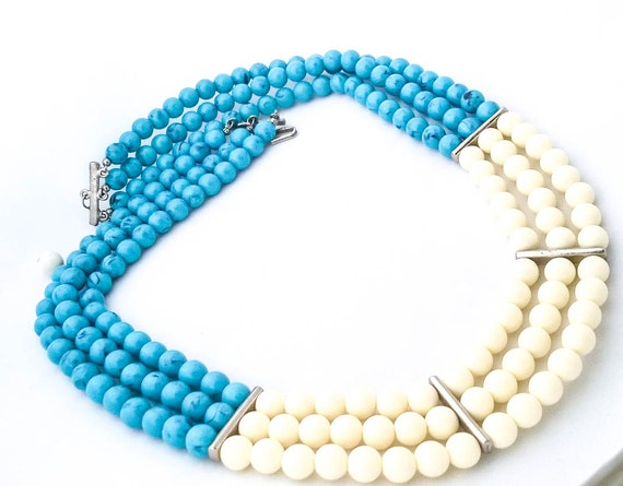 Vintage plastic beaded turquoise cream 3 strand statement necklace