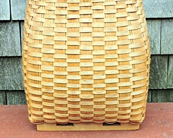 Maine Pack Basket Hand Crafted Mr. Hurd Bangor Maine Rustic Camp Decor at its BEST