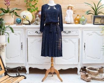 Vintage 1980s Dark Navy Long Sleeve Pleated Dress