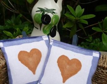 Two Lavender Fabric Sachets, Heart Design, Organic Provence Lavender, Scented Room Freshener, Lavender Bag, Gift for Her, Housewarming