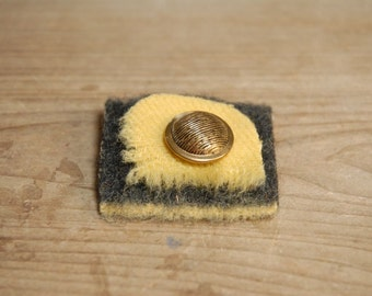 Felted Brooch Vintage button