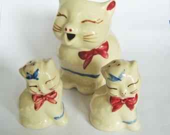 Vintage Shawnee Pottery Puss N Boots Cat Pitcher Creamer Salt pepper Shakers USA Porcelain Figurine figure Pottery Ceramic