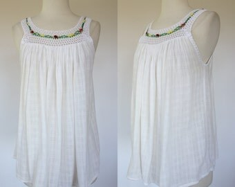 1990s boho tank top, white cotton gauze, embroidered, hippie top, small to medium