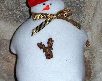 Sweet 100% hand-sewn snowman.
