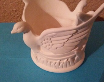 Double dove candle holder