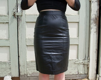 Vintage Black Leather High Waisted Pencil Skirt Women's Size 5/6