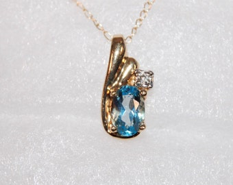 10kt Yellow Gold Blue Topaz & Diamond Necklace