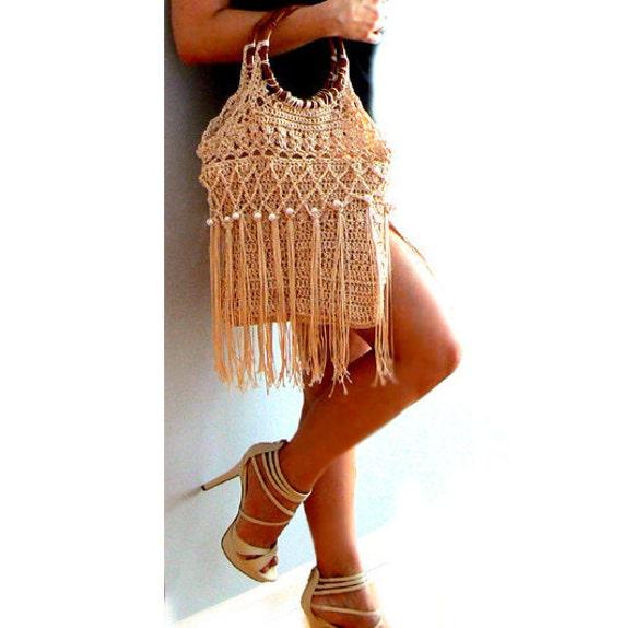 Amanda fringe crochet purse- Beige embellished handbag-Vintage inspired pearls bag-Wood handles fashion purse-Chic, boho women crochet purse