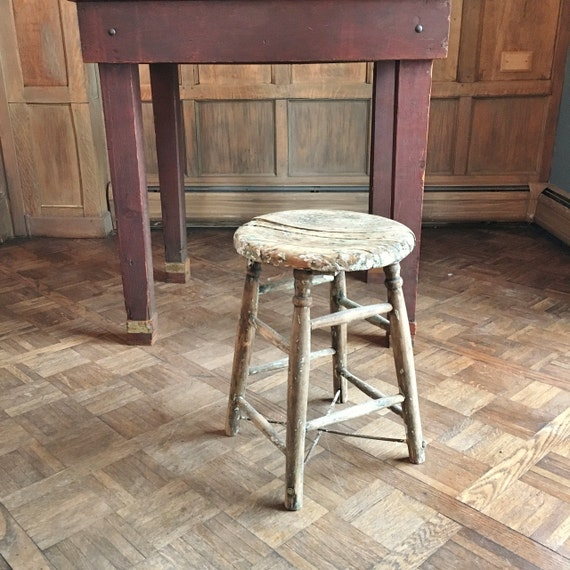 vintage wood stool shabby chic stool perfectly distressed. Black Bedroom Furniture Sets. Home Design Ideas
