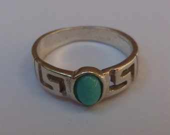 small vintage sterling silver and turquoise ring