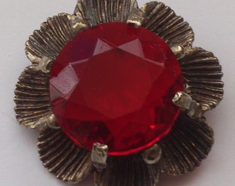 Vintage red stone brooch