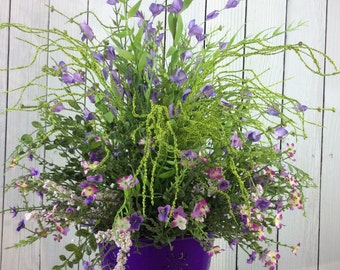 Spring Centerpieces, Spring floral arrangement, Spring decor, Spring Table Arrangment, Spring Centerpiece, purple Flower arrangment