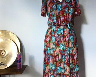 Vintage Floral Flowy Midi Dress