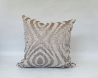 Pillow Covers, Silver pillow cover, Modern pillow cover, Silver Metallic pillow case, throw pillows
