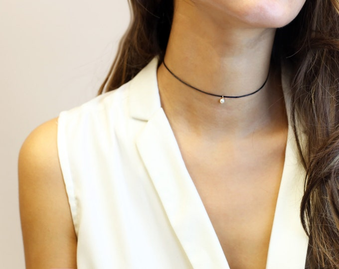 Mini Pearl Dangle Choker Necklace // Cute Leather Choker //EC20