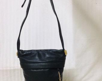 Free Ship Toni Green Leather Purse w/ Tassle Shoulder Bag