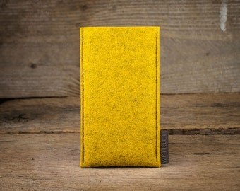 iPhone SE felt sleeve, case Softwerk tailor-made for your iPhone by werktat