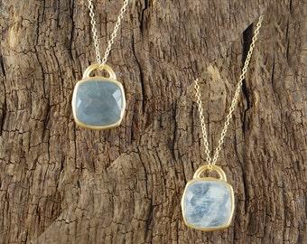 Necklace, Gold Necklace, Pendant Necklace, Gemstone Pendant, Gemstone Necklace, Gold Pendant, Moonstone Pendant, Labradorite Necklace
