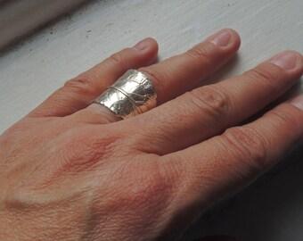 Sterling silver artisan leaves ring