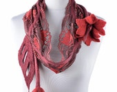 Red nuno felt scarf with romantic tulip flowers and impressive designer leaves - airy lace & wool scarf for women, brand new, unique [S13]