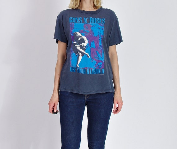 SALE - 1991 Guns N' Roses Use your Illusion Tour 1991-1992 T-shirt Made in USA / Women size L