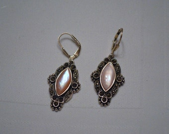 VINTAGE JEWELRY Sterling Silver Opalvescant  Pink stone Earring  Pair,  Fashion Chic  ships in 24 Hrs