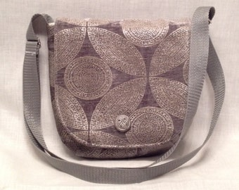 Adult purse: Grey with silver pattern