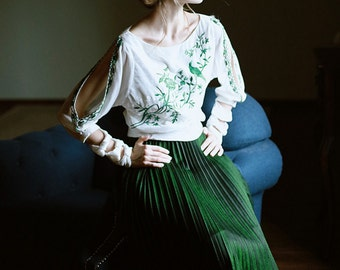 Fine Art Collection white base with green embroidery bird and tree irregular sleeves top