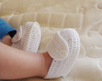 White crochet shoes for Baby Boy, Baby Boy crochet shoes, Baby Boy crochet booties, Crochet Baby Booties , Crib shoes, Baby Shower Gift