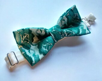 Green Lace Bow Tie